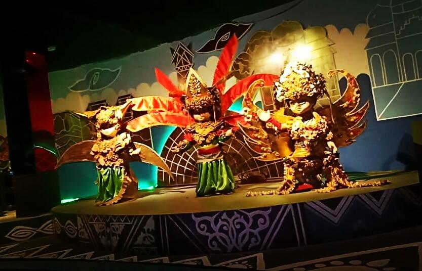 Wisata Mistis Rumah Boneka Dunia Fantasi Ctzone Dehasen